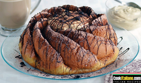 Coffee savarin